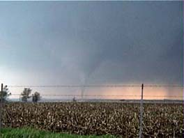 tornado touching down in iowa